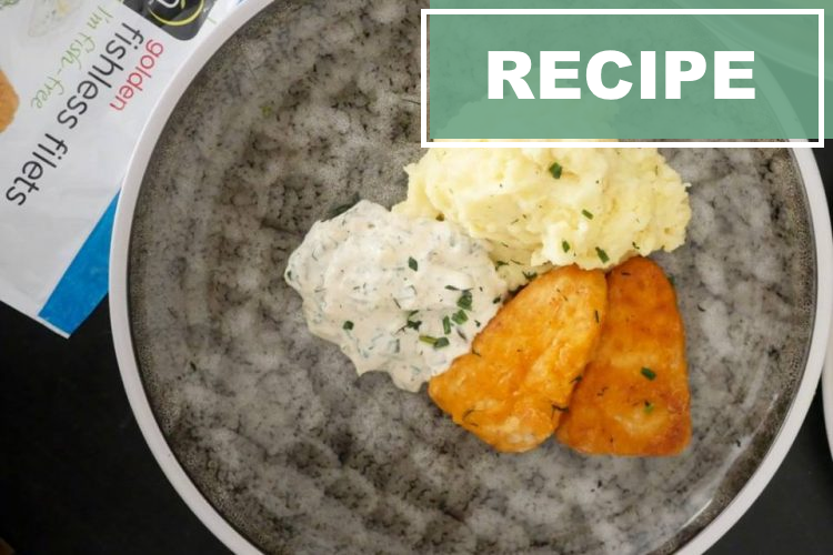 Fishless filet with mash potato and homemade remoulade sauce